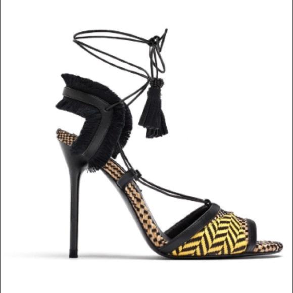 db7b1990 Zara Heeled Sandals. M_5b79a9512e1478108f16489f